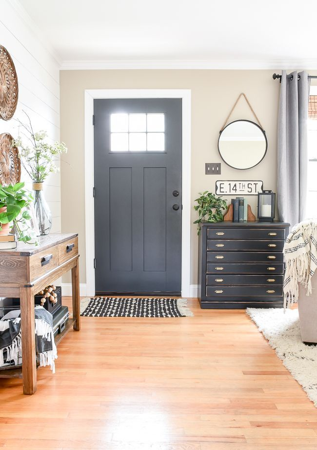 5 Simple And Thrifty Decorating Ideas For Spring Small Ranch Style Homes Home Modern Farmhouse Entryway