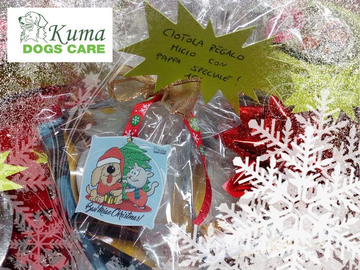 Pacchetti natalizi a partire da 5 euro per i vostri amici pelosetti! Fate un pensierino anche ai vostri cuccioli! Ciotola regalo micio con pappa speciale! http://kumadogscare.com/ Seguici sul nostro shop online www.kumadogscare.com Copyright 2016 - Kumadogscare Graphics and movie edited by: Pigikappa.com #cani #toilettatura #kuma #dogs #shop #kumadogscare #trasportino #mesh bag #borsa #gatti #cats #pets #dogline #sherlockbag #eco-pelliccia #giochi #ciotola #osso #tazza #snack #regalo #