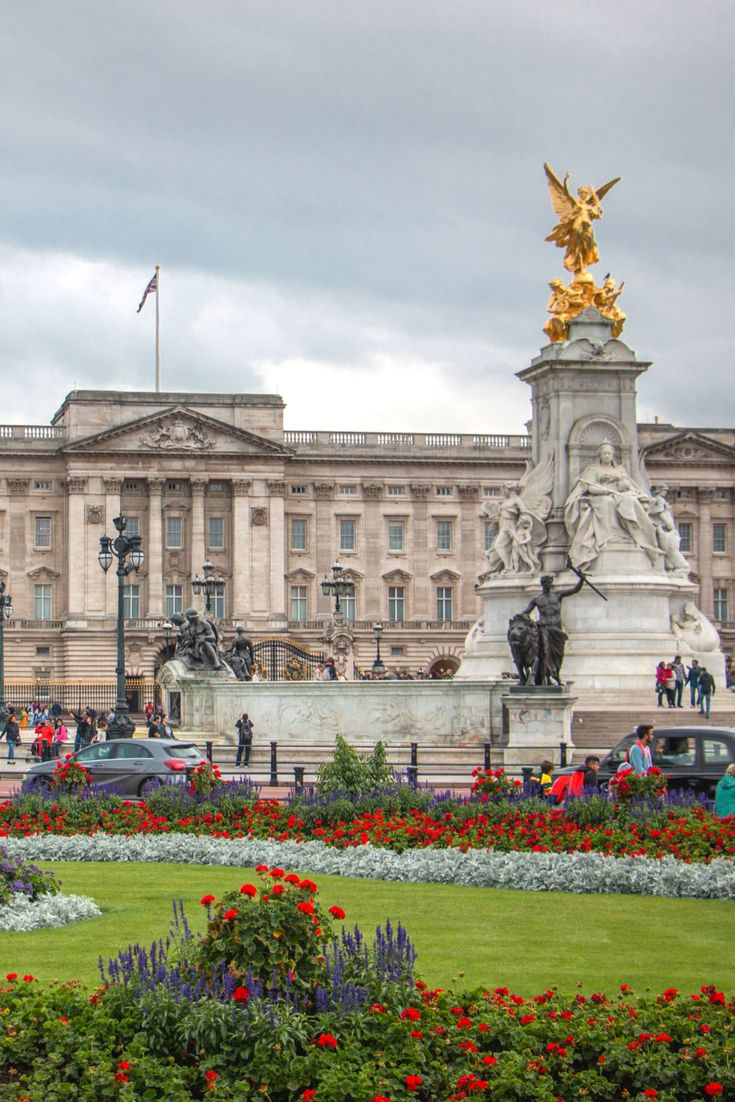 Buckingham Palace / London, United Kingdom / This majestic palace is the official residence of British monarchs and is usually recognized as a symbol of UK's monarchy. Originally built as a townhouse, Buckingham Palace was turned into a private residence for Queen Charlotte in 1761. The palace was reconstructed andenlargedduring the 19th century and it has been used as a residence of the British monarch since Queen Victoria's reign.