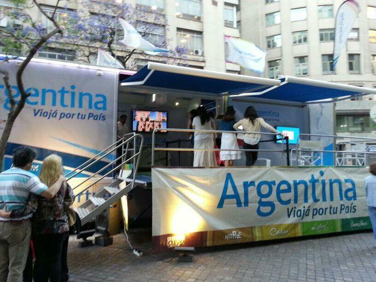 La Unidad Móvil de Viaja por tu Pais dijo ¡Prensente! en La Noche de las Provincias, Más info sobre viajes en www.facebook.com/viajaportupais #lanochedelasprovincias #buenosaires #turismo #viajes #argentina #viajaportupais