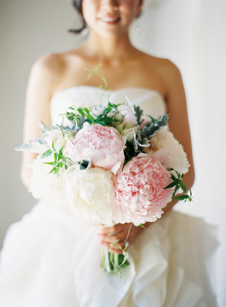 Pink and white peony bouquet ~ so beautiful! Photography by josevillaphoto.com, Floral Design by florettedesigns.com