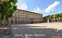 L'Informatore lucchese: Cartelloni a Lucca...figli e figliastri della Sopr...