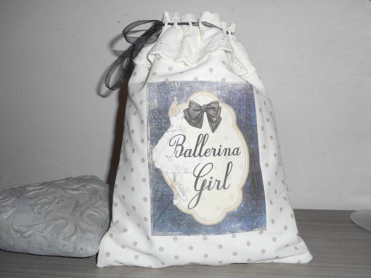 """Pochon à lingerie """"Ballerina girl"""" création miss coopecoll : Autres sacs par miss-coopecoll"""