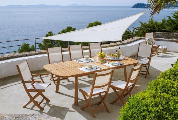 Table de jardin en teck extensible  Camilla - http://www.alinea.fr/camilla-table-jardin-teck.html