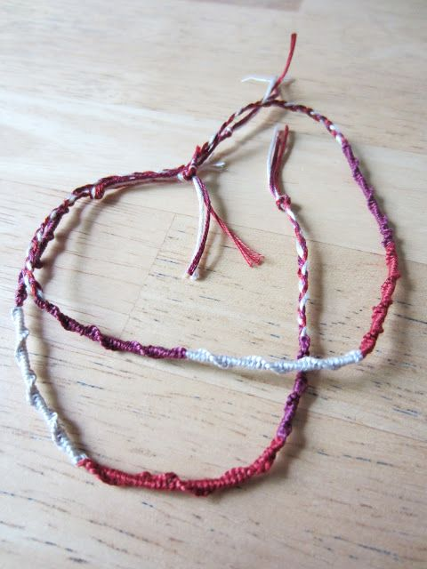 Life Like Honey: Thread Bracelet DIY