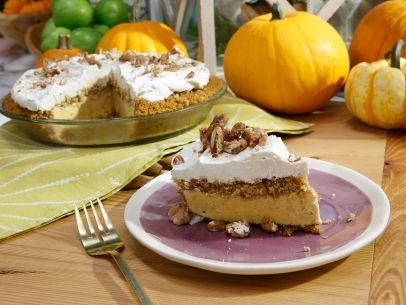 Pumpkin Pie Ice Cream Cake (Ultimate Guide to Sides) - Jeff Mauro ...