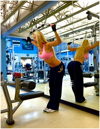 Home gym with large mirrors. & 14 best Basement workout area images on Pinterest | Basement ideas ...