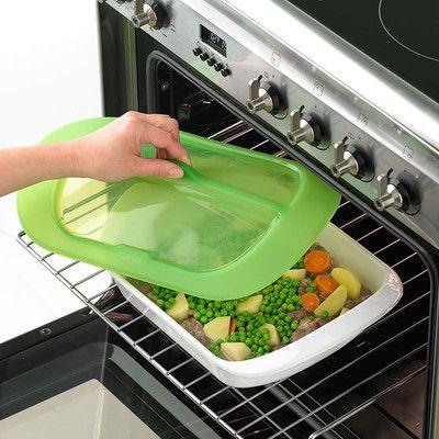 4. Sposób na zdrowy i smaczny niedzielny obiad. Włóż do naczynia kawałki kurczaka, warzywa. Dodaj ulubione przyprawy, odrobine wody oraz oliwy. Zapiekaj ok. 30-40 min w zależności do potrawy.  Więcej znajdziesz na mykitchen.pl #kuchnia #homedecor #zdrowegotowanie