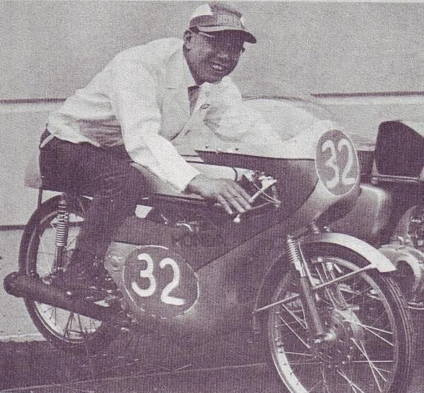 CR110 and Soichiro Honda himself