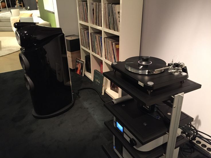 Classé amps with a VPI turntable and B&W 802D300