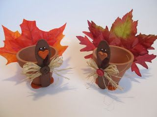 Adorable Turkey Clay Pot Craft _ courtesy of: Binge Crafter _ #Holiday #DIY Thanksgiving #DIY Childrens Crafts