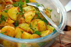 Ovnstegte persillekartofler (bages 30 minutter ved 210 grader)