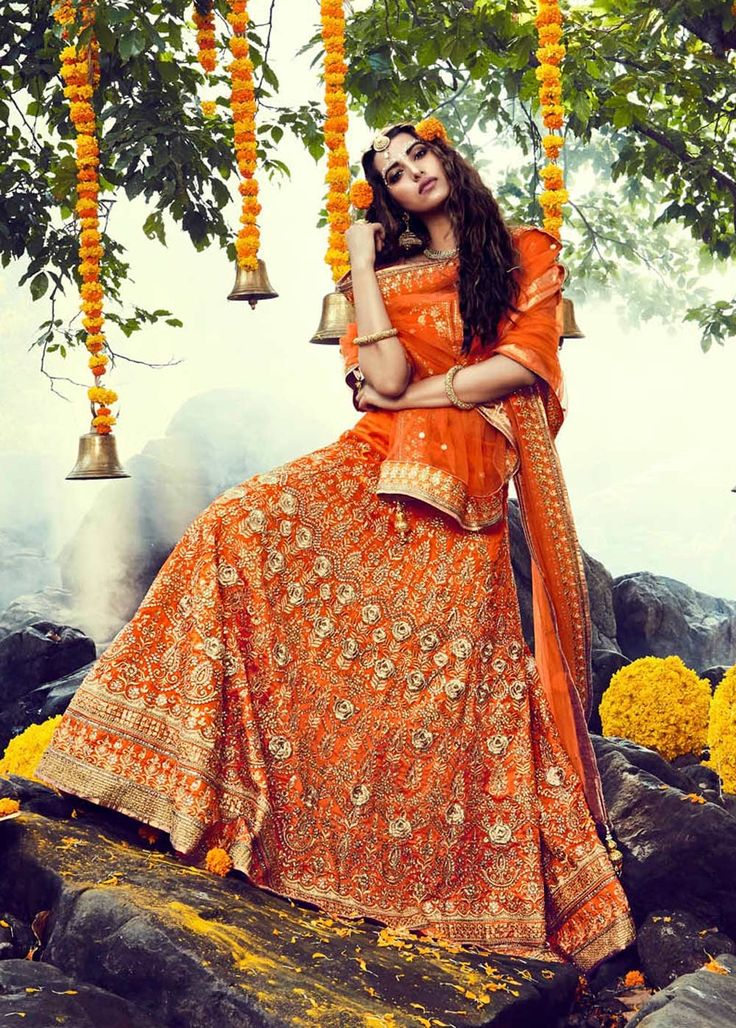 2017 bridal lenghas online Saudi Arabia, Celebrity style lengha choli for N bride