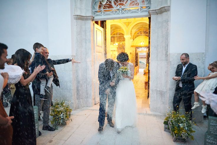 rice baskets, metallic baskets church deco, orthodox wedding, greek wedding, grey wedding decor, new couple, rice war