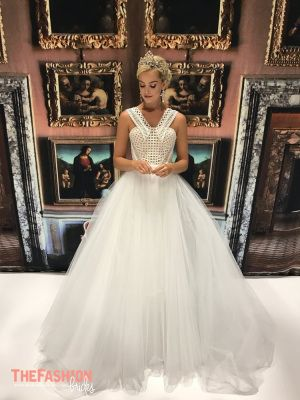 JASON GRECH is a multiple award winning Melbourne couture brand synonymous with pure luxury, specialising in couture bridal and red carpet gowns of the very highest quality.Over its stellar career…