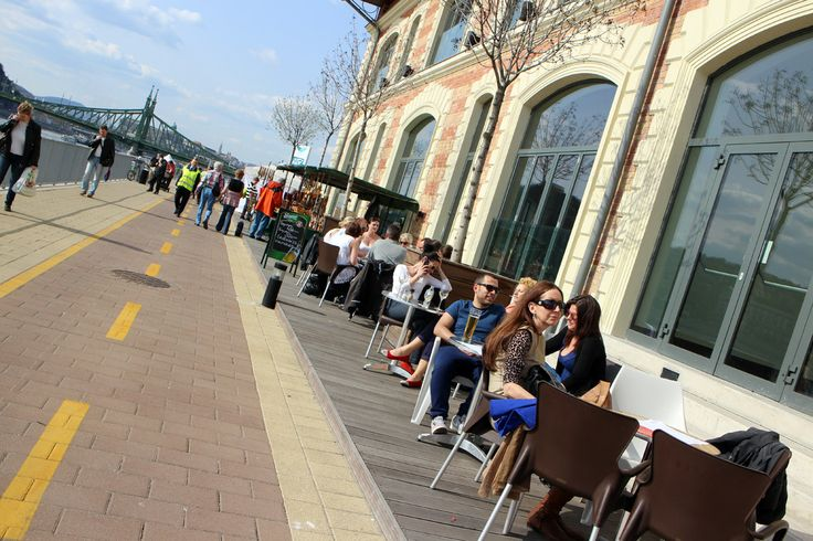 Riverside cafes at the Bálna in Pest.