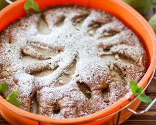 Gâteau invisible minceur au chocolat et aux poires : http://www.fourchette-et-bikini.fr/recettes/recettes-minceur/gateau-invisible-minceur-au-chocolat-et-aux-poires.html