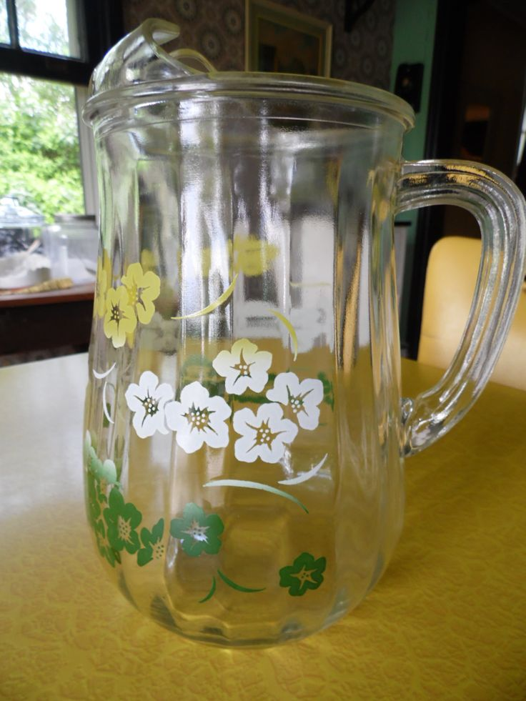 Vintage Glass Pitcher With Yellow Green And White Hawaiian Flowers Vintage Glass Pitchers Vintage Pitchers Vintage Glassware