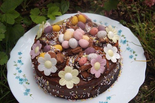 Tadına doyamayacağınız çikolatalı bahar pastası tarifi