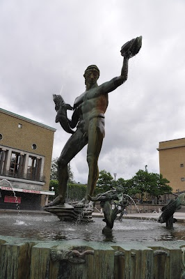 Poseidon Statue by Carl Miller in front of Gothenburg Museum of Art Gothenburg, Sweden