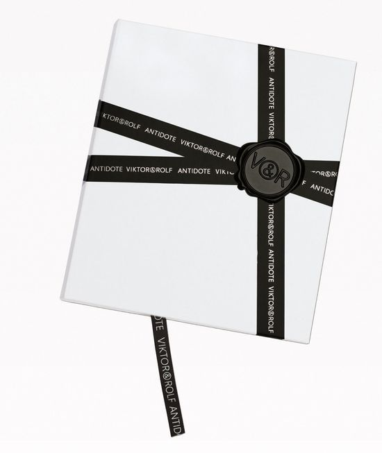 Clean packaging and a printed ribbon (not black). -CB