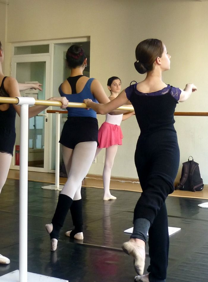 Danza Ballet® Junior Ballet & Acondicionamiento Físico. Martes 18 a 19 hrs. Clase 12/4/2016 Barcelona