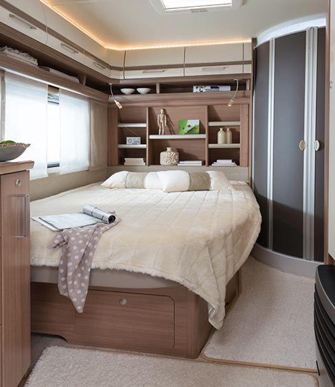 17 best images about caravanes on pinterest models modern gypsy and voyage. Black Bedroom Furniture Sets. Home Design Ideas