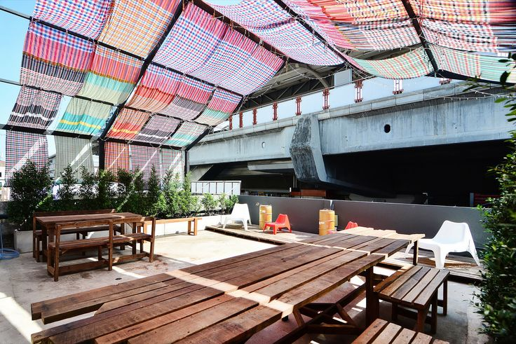 Gallery - Adventure Hostel / Integrated Design Office - 13