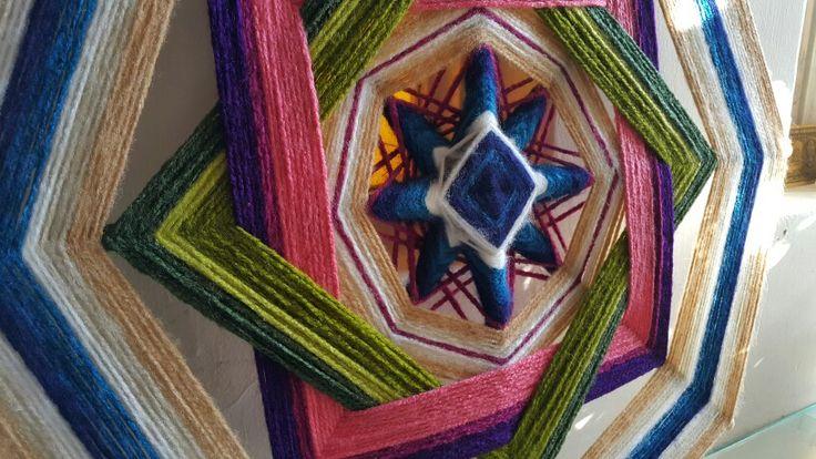 """""""Estrella de la Noche"""" mandala de lana. Yarn mandala"""