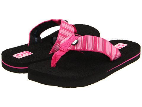Teva Kids: Mush ll  (Deco Stripes Fuschia) Little Kid/Big Kid The Teva Kid's Mush ll flip flops are a wonderful summertime sandal that are incredibly soft and conforms to your foot. Pink striped pattern will add a flair of fun and whimsy to her look as well as giving her feet comfort to keep her looking adorable as well as nice and cool through those warmer days of summer.