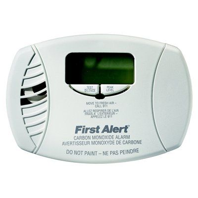 First Alert CO6156A Plug-in Electrochemical Carbon Monoxide Alarm with Battery Backup