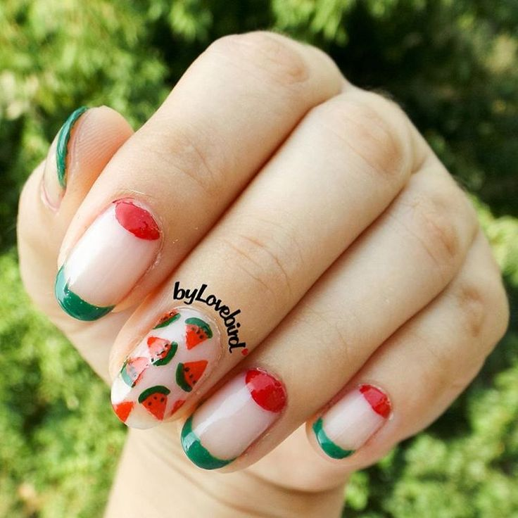 Watermelon nail art Full tutorial here: https://www.youtube.com/watch?v=g1QqvtvxJKc #watermelonnails #watermelon #summernails #summer #negativespace #notd