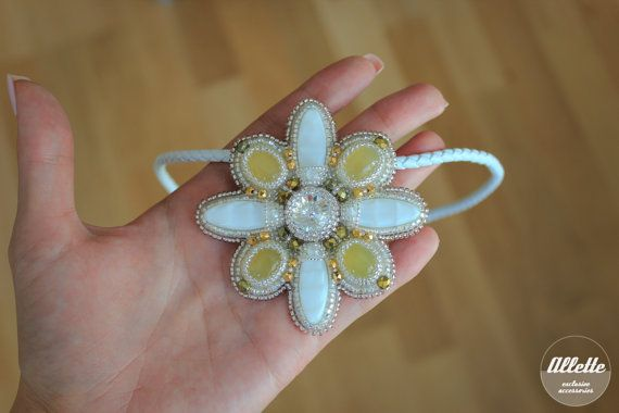 Yellow onyx beadwork pendant brooch/ 2 in 1 by AlletteAccessories