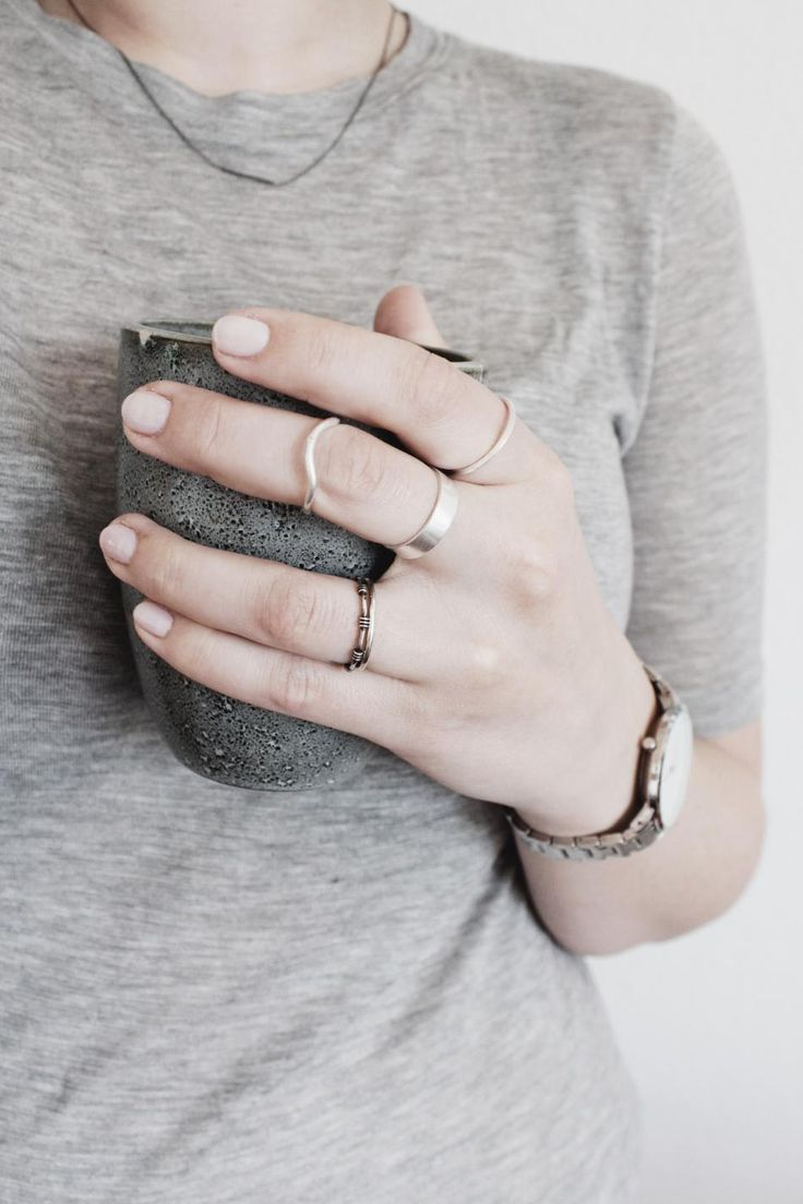 Silver details and coffee. #coffee #hvisk #jewelry #jewellery #silver #rings #hands #coffeemug #mutedmornings #grey #stlist #styling #howto
