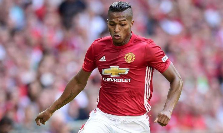 Valencia Resmi perpanjang Kontrak di Manchester United