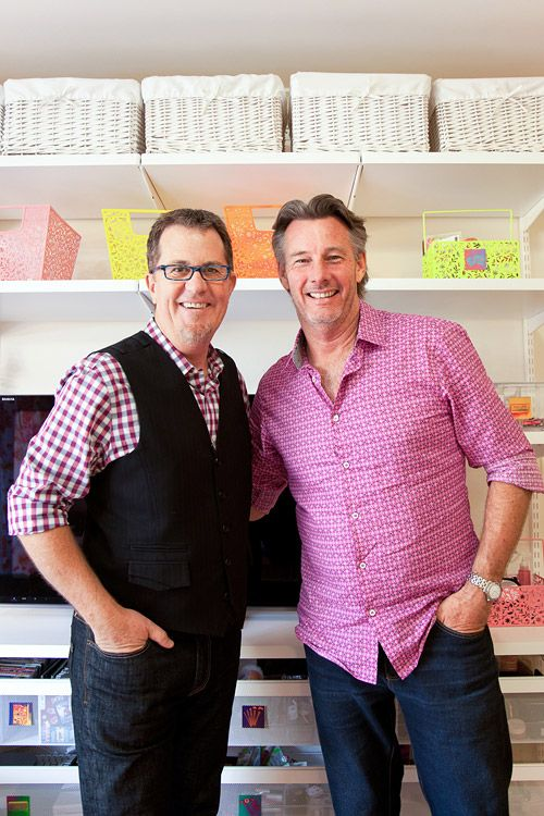 Declutter your living space with expert Peter Walsh and Barry Du Bois of The Living Room. Expert tips!