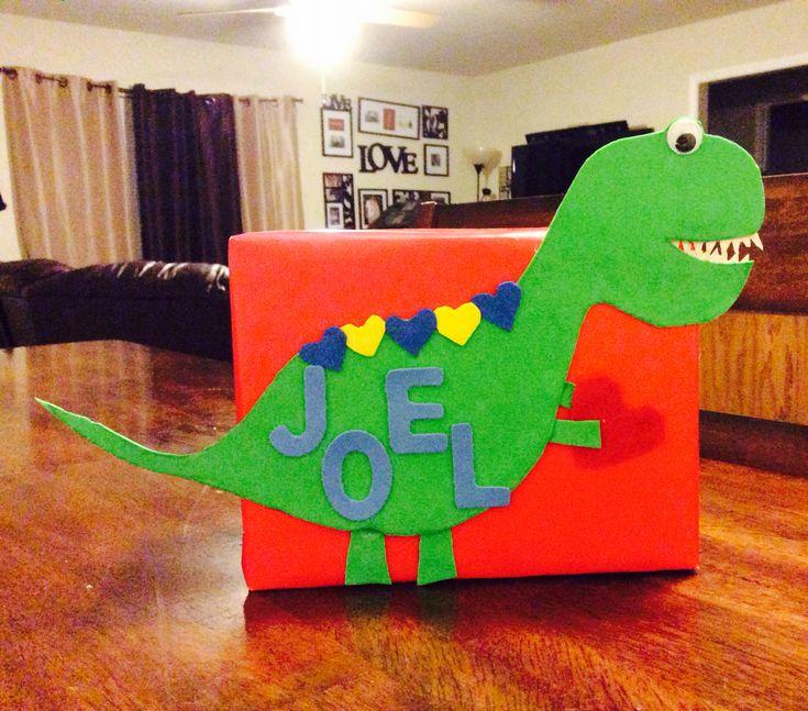 Dinosaur Valentineu0027s Day Box