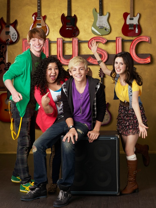 Dez (Calum Worthy), Trish de la Rosa (Raini Rodriguez), Austin Moon (Ross Lynch), and Ally Dawson (Laura Marano) from Austin & Ally