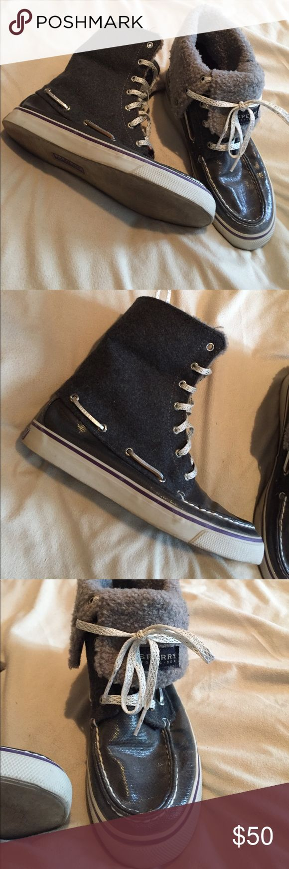 High top versatile sperry top siders! Sperry Top Sider, great condition size 71/2! Ask any questions or make me an offer!! Sperry Top-Sider Shoes Sneakers
