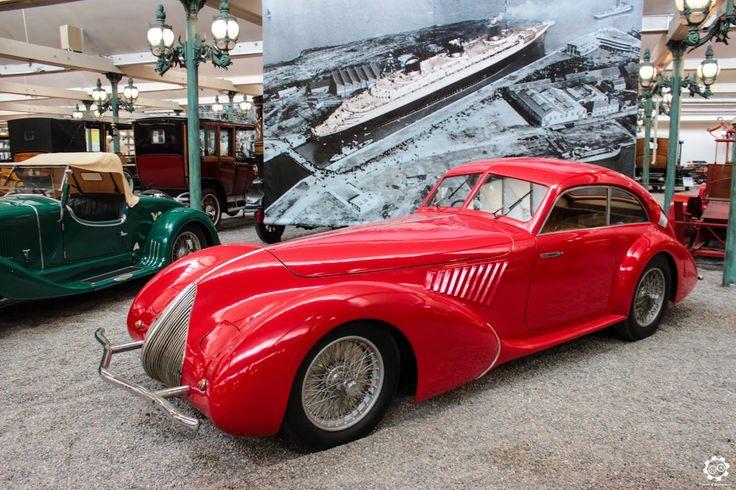 1000 id es sur le th me garage pour voiture sur pinterest for Garage pour voiture de collection