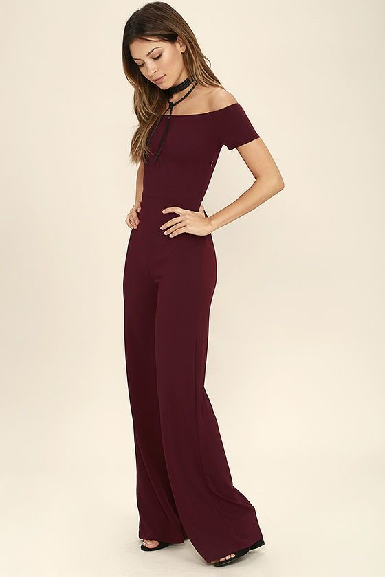 Any outfit involving the Alleyoop Burgundy Off-the-Shoulder Jumpsuit is sure to be a stylish slam dunk! Stretch knit forms a trendy off-the-shoulder neckline and a fitted bodice, then transitions into wide-leg pants to really show off your stems. Hidden side zipper.