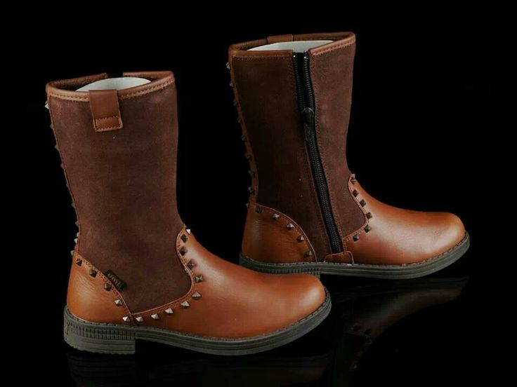 READY STOCK KIDS LEATHER BOOTS KODE : NUTTY STUDS BROWN Size 30 PRICE : Rp.225.000,- DETAIL SIZE (insole) : - Size 30 (19,5cm)  FOR ORDER : SMS/WHATSAPP 087777111986 PIN BB 766a6420 FB : Mayorishop  #pusat #sepatu #boots #anak #genuine #leather #kids #kulit #asli #branded #eropa #sisaekspor #mayorishoponline #bogor #brown #coklat #flower