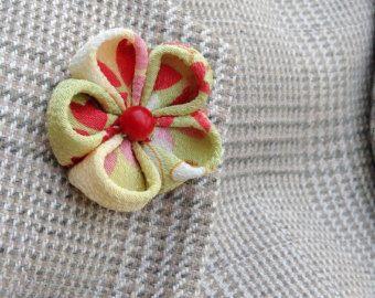 Mens Lapel Flower Pin Wedding Lapel Pin Daffodil by exquisitelapel