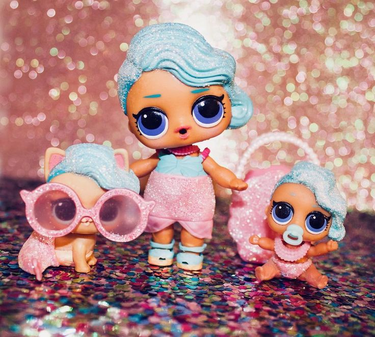 Splish SplashLOL Surprise Splash Queen familyBecause Im highkey obsessed with mermaids and kinda addicted to the LOL dollsThanks to a certain dolly friend for completing this trio#lolsurprise#lolpets#lolpets splashqueen#lilsplashqueen#splashmeowmaid#mermaid#cuteness#dolls#dollsofinstagram#guyswithdolls#cutestuff