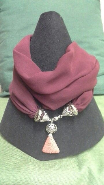 Foulard necklace in seta pura