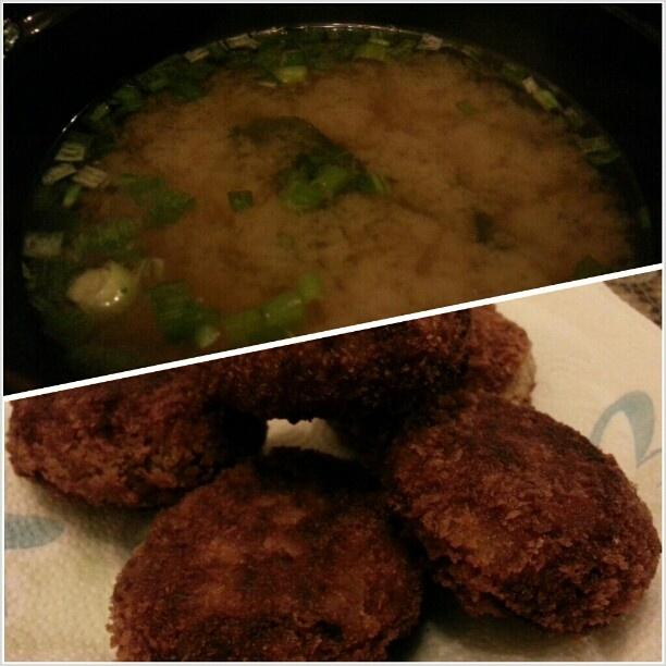 #しじみ汁 と#カレー#コロッケ #misosoup w/ #clam and #seaweed and #curry taste #croquette for #yummy#dinner #japanese#food#cook#cooking#friday#yum#フィリピン#晩ごはん