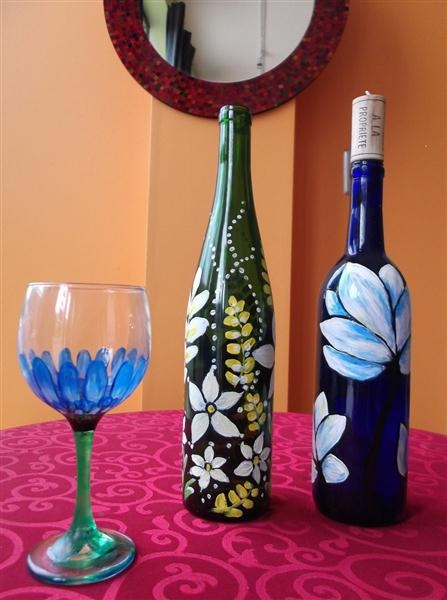 64 best glass painting images on pinterest painting on for Type of paint to use on wine glasses