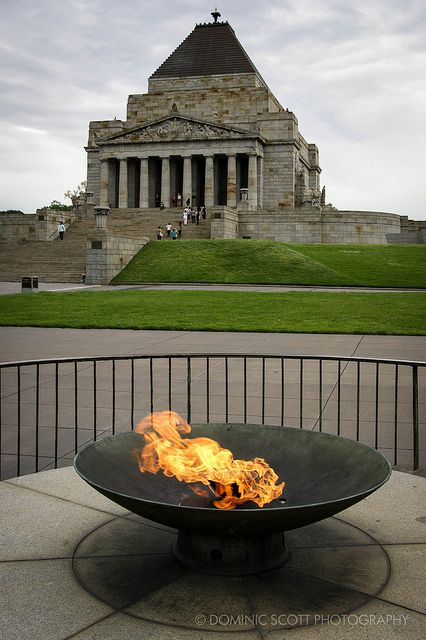 Melbourne Shrine of Remembrance   Flickr - Photo Sharing! Dominic Scott Photography