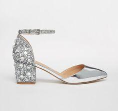 Los zapatos de novia más cómodos: Siéntete increíble en tu boda Image: 17