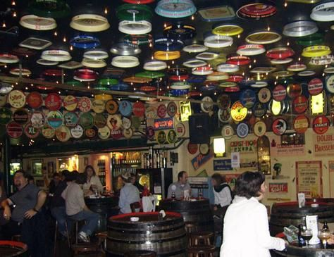 Try the famous bar of Brussels - Delirium - Certified with the Guiness World Record in 2004, with more than 2000 Beers; #dolcelahulpe